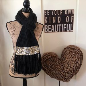 Express Beautiful black sequined scarf with fringe